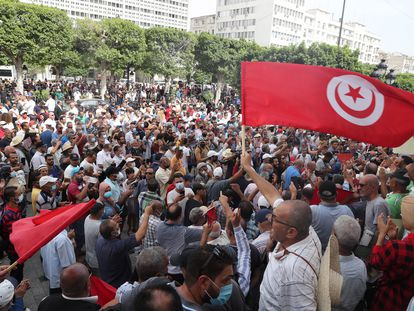 Manifestação contra o presidente da Tunísia, Kaïs Saied, realizada no sábado, 18 de setembro, na capital do país.