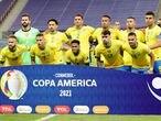 Soccer Football - Copa America 2021 - Group A - Brazil v Venezuela - Estadio Mane Garrincha, Brasilia, Brazil - June 13, 2021 Brazil players pose for a team group photo before the match REUTERS/Henry Romero