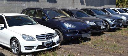 Carros apreendidos em São Paulo.