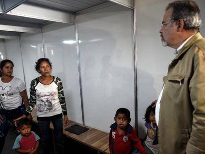 O ministro Raul Jungmann nesta quinta-feira em Pacaraima