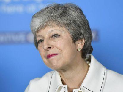 Theresa May durante um ato de campanha em Bristol