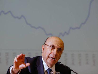 Ministro da Fazenda, Henrique Meirelles em anúncio da revisão da meta.