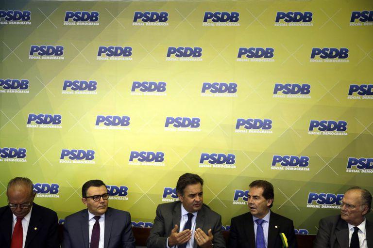 Aécio Neves, na coletiva de imprensa em Brasília.