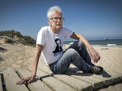 Eduard Limonov na terça-feira, na praia valenciana de El Saler.