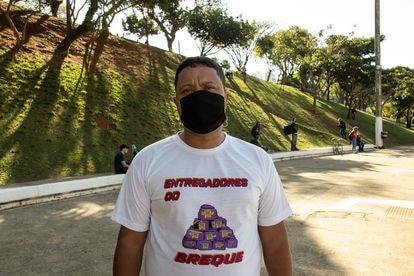 Diógenes Silva de Souza, 43 anos. durante ato em São Paulo.