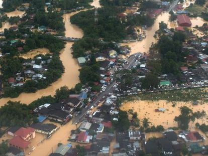 Vista de Pengkalan Chepa, próximo a Kota Bharu (norte da Malásia).