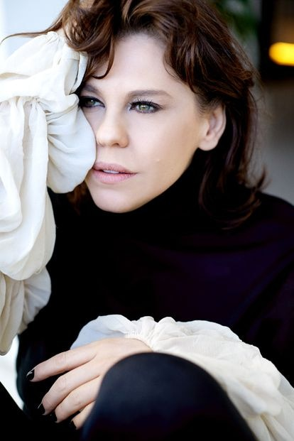 A atriz e diretora Bárbara Paz.