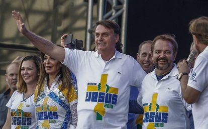 Bolsonaro durante a Marcha para Jesus, nesta quinta.