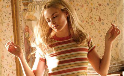 Margot Robbie dança em um fotograma de 'Era Uma Vez em... Hollywood'.