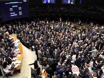 Votação na Câmara da denúncia contra Temer.