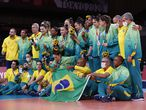 Tokyo (Japan), 07/08/2021.- Silver medalists Brazil celebrate during the Women's Volleyball medal ceremony at the Tokyo 2020 Olympic Games at? the Ariake Arena in Tokyo, Japan, 08 August 2021. (Brasil, Japón, Tokio) EFE/EPA/HOW HWEE YOUNG
