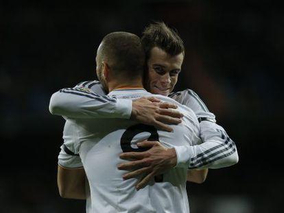Bale e Benzema depois do gol do francês.