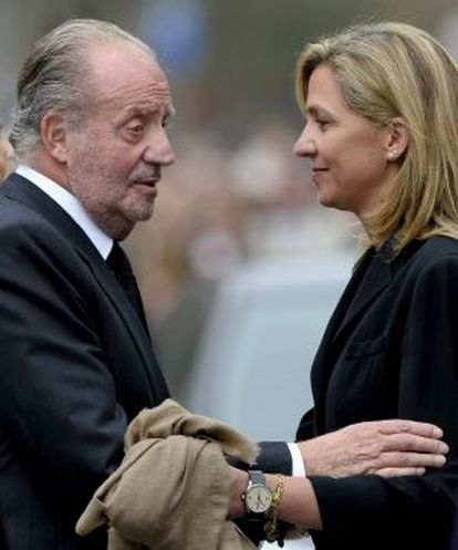 O rei Juan Carlos e a infanta Cristina, em 2010.
