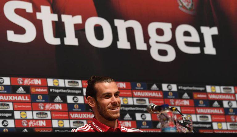 O galês Gareth Bale em entrevista à imprensa.