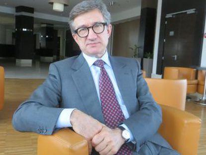 Serguéi Taruta, o governador de Donetsk.