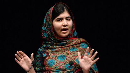 Foto de arquivo de Malala Yousafzai em Birmingham, em outubro de 2014.