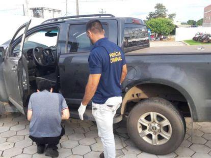 A picape Chevrolet S10 de Hamilton Alves foi alvejado com oito tiros.