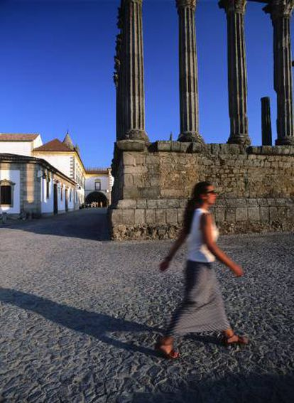 O templo de Diana, em Évora (Portugal).