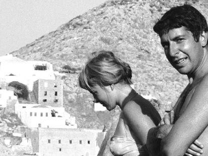 Leonard Cohen e Marianne Ihlen, na ilha de Hidra (Grécia).