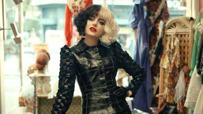 Emma Stone, em 'Cruella'.