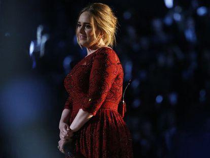 A cantora Adele. / Vídeo: Os maiores nominados aos British Awards.