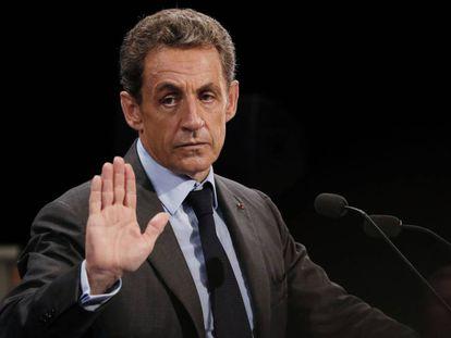 Nicolas Sarkozy durante um discurso, na segunda-feira, dia 12, em Provins