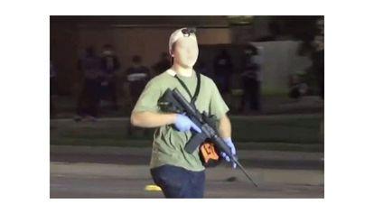 Fotograma de um vídeo de K. R., durante a noite do tiroteio.