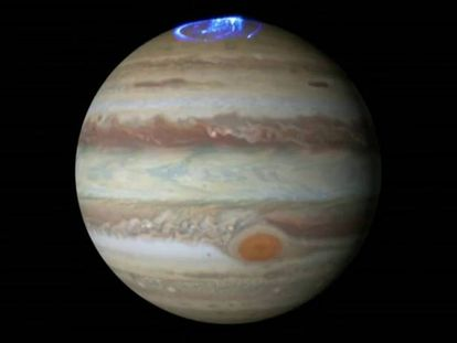 Imagem da aurora boreal em Júpiter, obtida a partir do telescópio 'Hubble'.