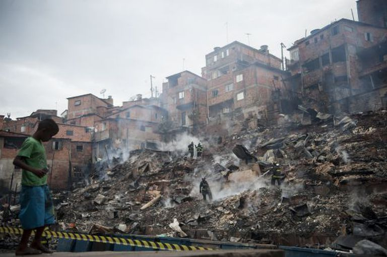 Favela de Paraisópolis nesta terça-feira.
