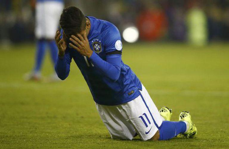 Firmino após perder o gol.