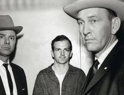 Lee Harvey Oswald, depois de preso