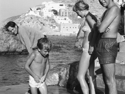 Leonard Cohen e Marianne Ihlen na Grécia, em 1960.