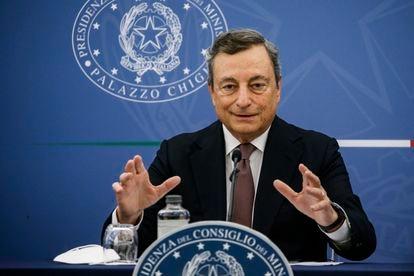 O primeiro-ministro italiano, Mario Draghi, em coletiva de imprensa nesta quinta-feira.