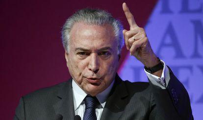 Michel Temer fala em um foro econômico em Sao Paulo.