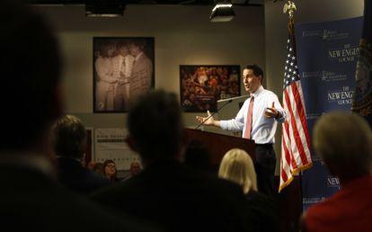 O candidato republicano Scott Walker durante ato de campanha.