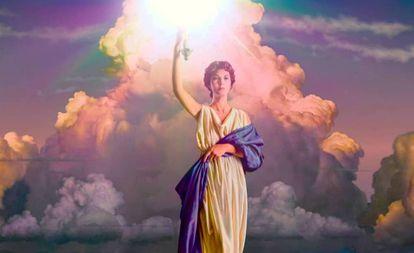 "A famosa ""dama da tocha"", a conhecida figura que abre todos os filmes da Columbia Pictures desde 1922"