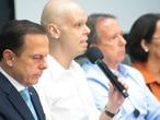 Doria e Bruno Covas na coletiva de imprensa.