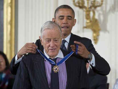Bradlee recebeu a Medalha da Liberdade das mãos de Obama em 2013.