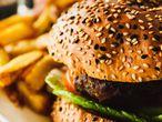 La dieta es clave para combatir la obesidad, pero existen otros factores de riesgo.