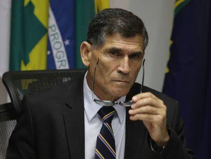 """MP prevê que general """"monitore"""" ONGs e exclui menção a LGBTs em pasta de Direitos Humanos"""