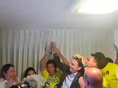 Jair Bolsonaro durante o festejo neste domingo.