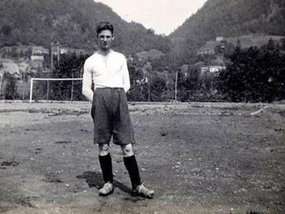 Documentário sobre o herói da seleção da Noruega que derrotou a Alemanha nos Jogos de Berlim às vésperas da Segunda Guerra, sob o olhar da cúpula nazista, comove o país