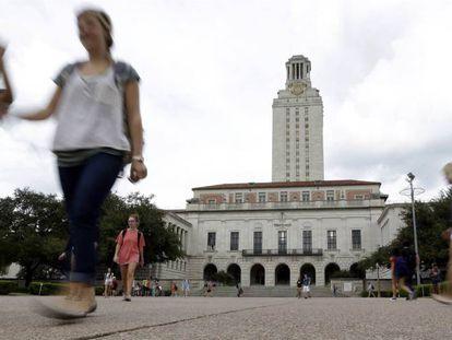 A torre de Austin onde em 1966 se perpetrou a primeira matança universitária