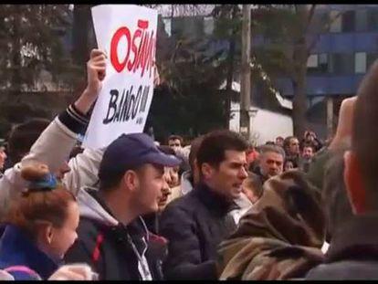 O desespero inflama a Bósnia