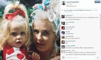 A foto com sua mãe no Instagram um dia antes de sua morte.