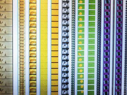 Tiras de celuloide de diversas épocas no arquivo da Academia em Los Angeles.