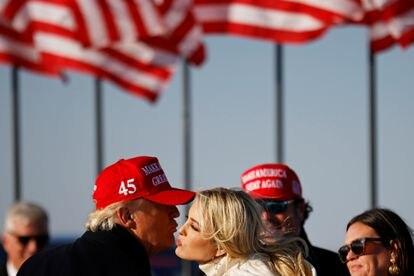 O presidente Trump com a filha Ivanka.