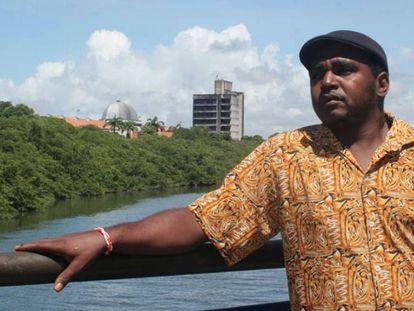 O músico Marcos Axé, em Recife
