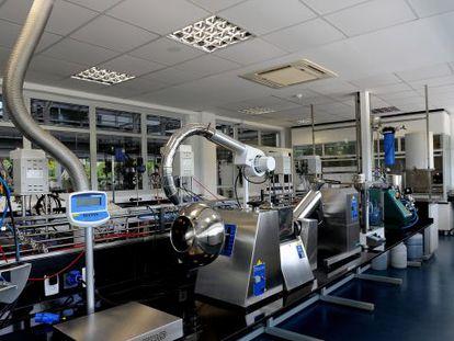 Máquinas e equipamentos no distrito industrial de Santa Cruz, no Rio.