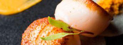 Vieiras grelhadas com 'carpaccio' de palmito, prato de Troisgros.